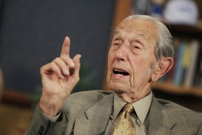 Harold Camping Predicts the End of the World - Again